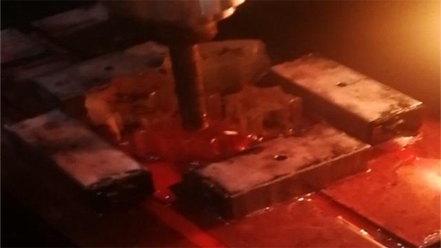 英吉玻璃切削油厂家