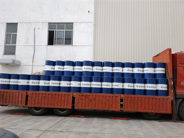 英吉淬火油170KG桶