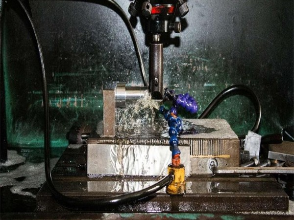 电火花油是否可以用白油代替?